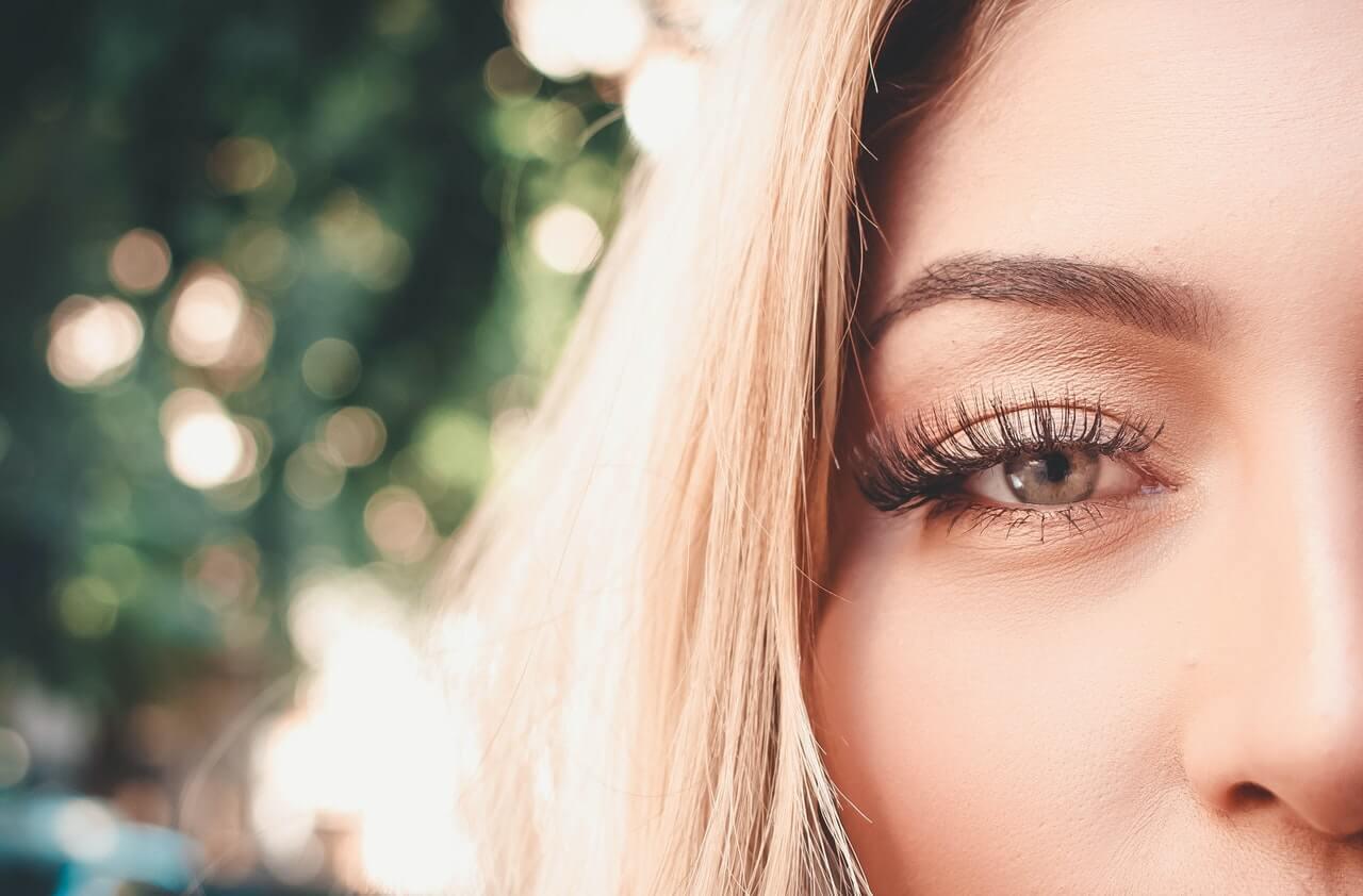 How long do eyelash extensions last / take   Star Lash ...